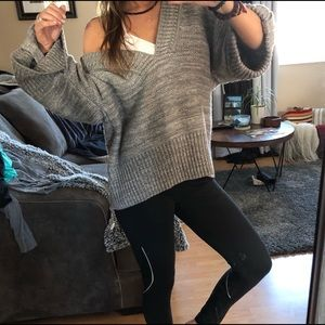 Sweaters - gray oversized chunky sweater knit XL